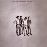 Sloan_between_the_bridges